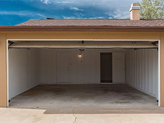 Garage Doors Get Squeaky | Garage Door Repair Santa Monica, CA